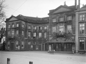Koninklijke Schouwburg Den Haag, 1910 (Geheugen van Nederland)