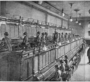 Telefooncentrale in 1892 (Wikipedia 'Telefooncentrale')