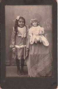 girl-and-doll-ohio_0001