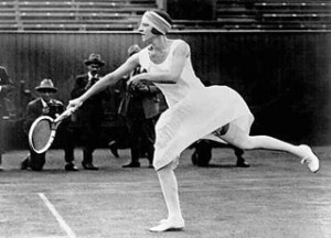 Suzanne Lenglen, tennissspeelster uit Frankrijk, begin twintigste eeuw